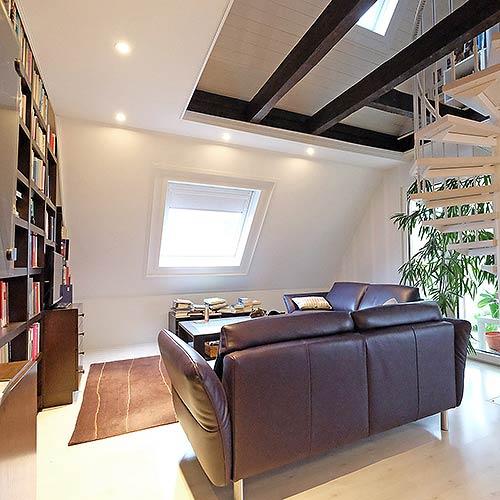 Decke im Dachstudio neu gestalten oder renovieren
