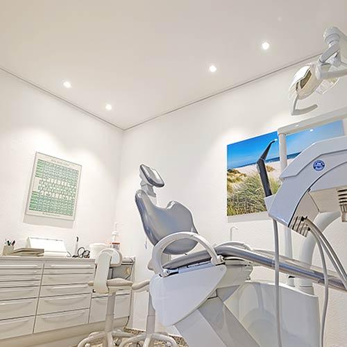 Zahnarztpraxis Deckeninstallation Siegen