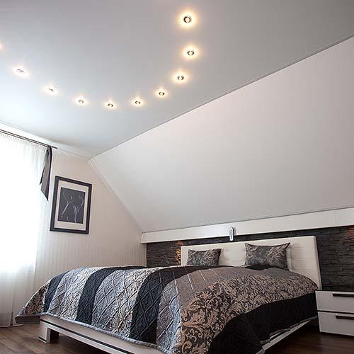 Schlafzimmerdecke gestalten mit PLAMECO Siegen