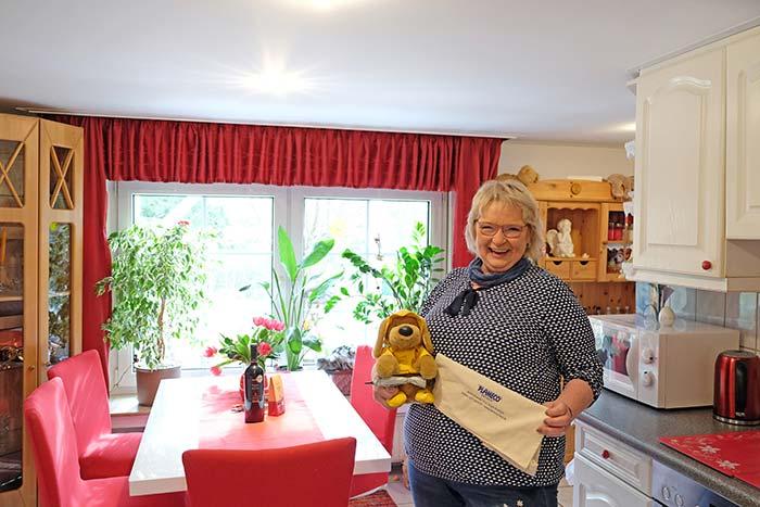 Freut sich über das fertige Ergebnis - Susanne Setzer aus Freudenberg